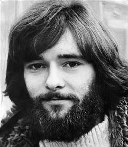 A partir des années 1950-60, la virilité se réinvente. L'avènement du hippie comme figure dominante de la jeunesse [...] devient une norme, elle se perpétuera malgré une parenthèse androgyne (années 80) jusqu'au début du XXI° siècle.
