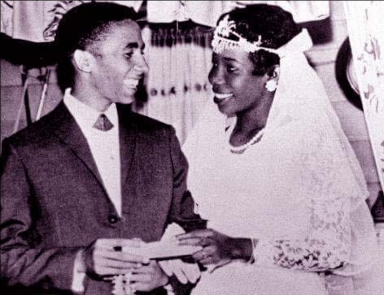 Après son mariage et son retour en Jamaïque en 1966, quel mouvement rejoint-il ?
