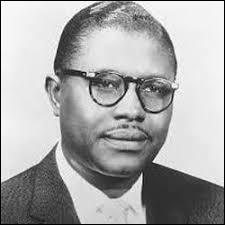 Quel était le métier de son père, ami de Martin Luther King ou encore de Duke Ellington ?