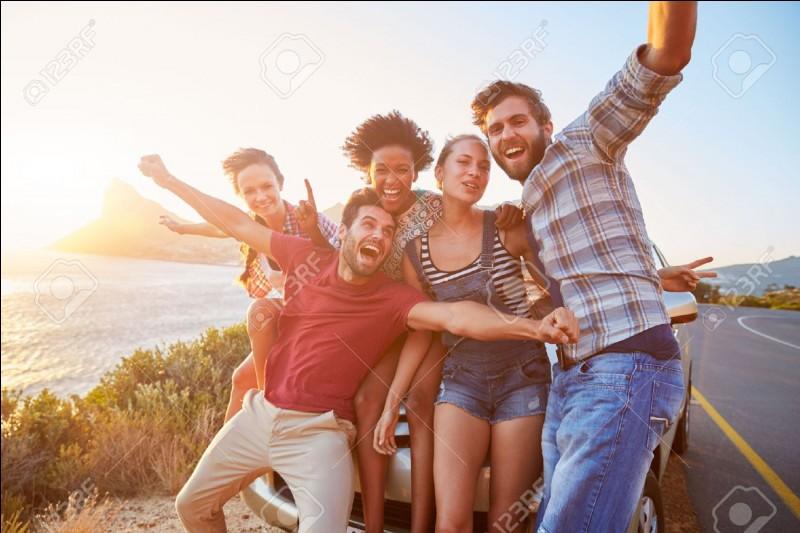 Quel caractère adoptes-tu au sein de ton groupe d'amis ?