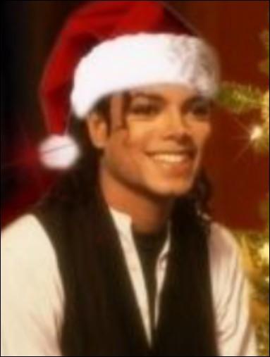 Tu apprends que Michael sera tout seul à l'autre bout du monde le jour de Noël, que fais-tu ?