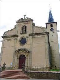 Notre balade dominicale commence devant l'église de l'Exaltation-de-la-Sainte-Croix, de Berthelming. Commune du Grand-Est, dans le pays de Sarrebourg, elle se situe dans le département ...