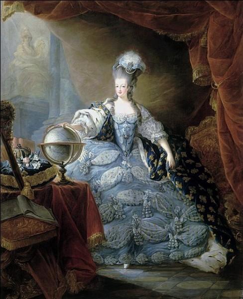 En quelle année devient-elle reine de France ?