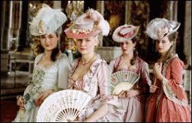 """Qui a réalisé le film, """"Marie-Antoinette"""", sorti en 2006 retraçant la vie de la jeune femme ?"""