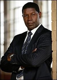 David Palmer est, en 2000, huit ans avant Obama, le premier le premier Afro-Américain élu à la Maison-Blanche : c'est dans ...