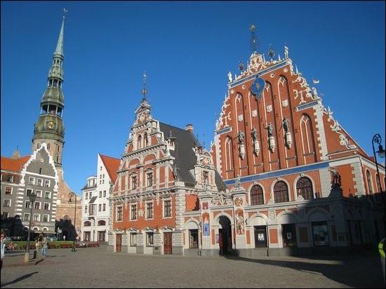 Ville de la Baltique, capitale de la Lettonie :