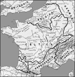 Lors de l'avènement de Jules César en Gaule, quel chef germanique s'opposa à lui ?