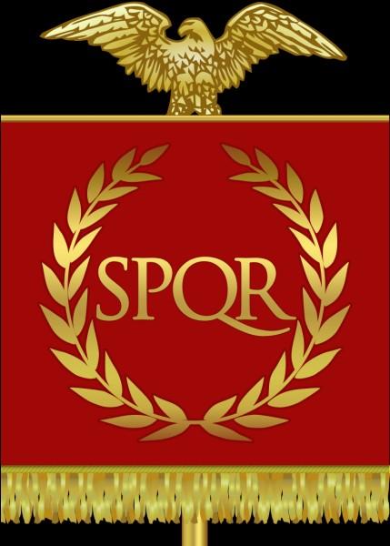 """Quel empereur romain avait un nom dont la signification était """"petites sandales"""" ?"""