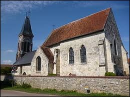 Voici l'église Saint-Martin de Cressonsacq. Commune Isarienne, elle se situe dans l'ex région ...