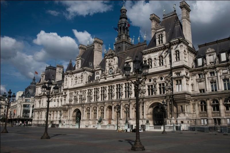 Novembre 1793 : Qui occupa pour la première fois le poste de maire de Paris ?