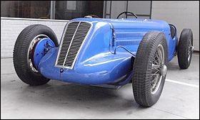 Quelle société a construit des voitures de 1922 à 1930 à Boulogne-Billancourt ?