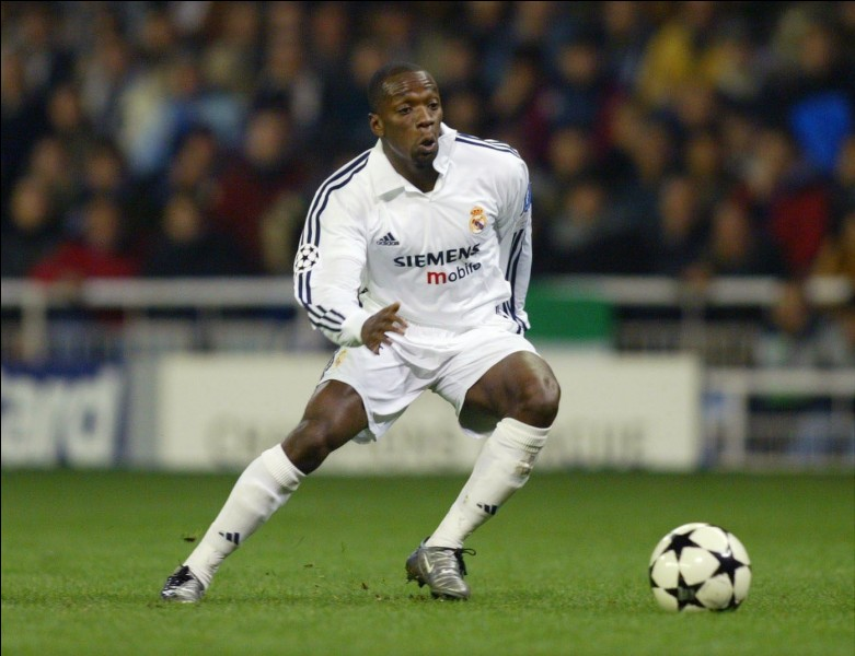 A quelle position Claude Makelele a-t-il joué pour le Real ?