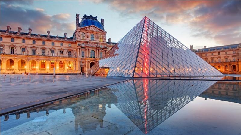 Que s'est-il passé au Louvre le 22 août 1911 ?