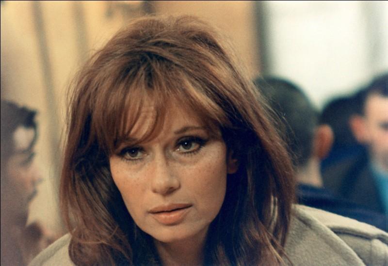 """Cette actrice italienne qui a joué dans """"Les Choses de la vie"""", """"Le Souffle au coeur"""", """"Le Christ s'est arrêté à Eboli"""", se prénomme ..."""