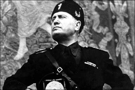 Pays : Italie Date : 1893-1945Faits : intimidations, fascisme, collaboration avec l'ennemi, droit de grève supprimé Chute : fin de la guerre, mort fusillé Quel est cet homme ?