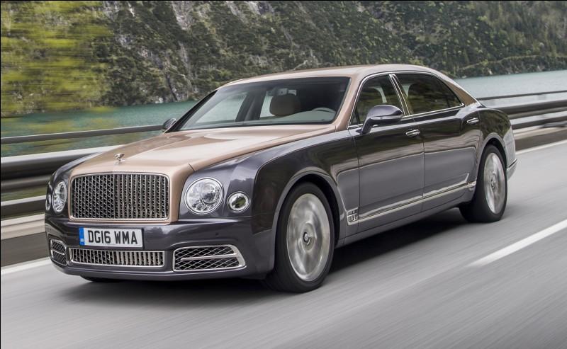 La Bentley Mulsanne est le point culminant de la gamme Bentley en terme de luxe à bord. Mais à quoi fait référence son nom ?