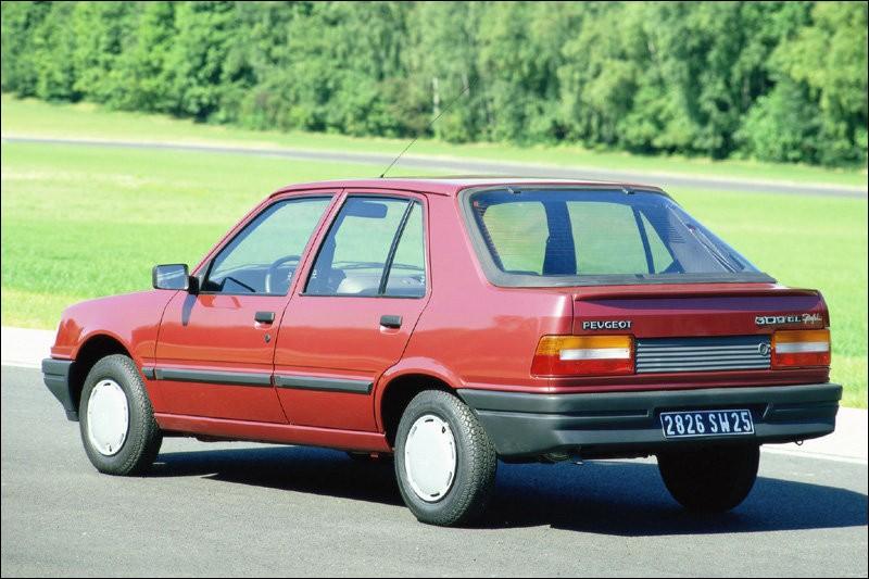 Quand vint le moment de remplacer la Talbot Horizon, PSA planchait sur la Arizona. Mais finalement, il fut préféré de remplacer la Horizon par une Peugeot. La Talbot Arizona devint la Peugeot 309. Pourquoi 309 ?