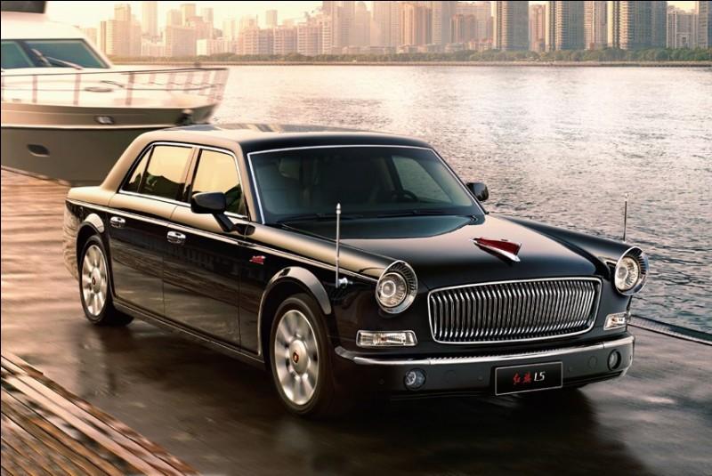 Les HongQi, voitures de luxe fabriquées par le groupe chinois FAW, ne se sont pas appelées comme cela par hasard. Quelle est la signification de ce nom ?