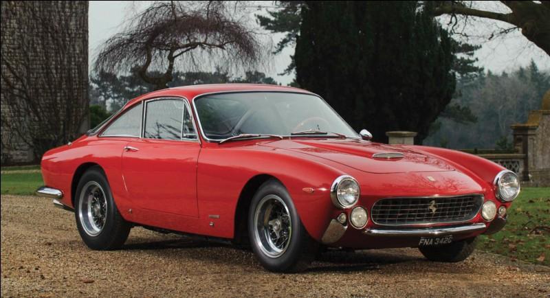 Les premières Ferrari comme la 166, les 250 GT, Testa Rossa, Lusso ou GTO ou même la 365 GTB/4 Daytona ne tirent pas leur numéro de nulle part. Que signifie-t-il ?