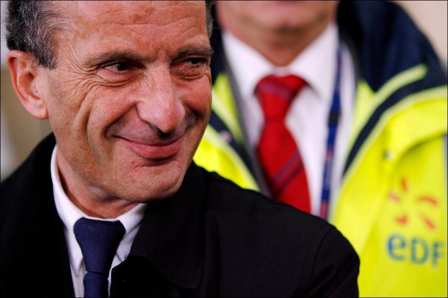 Comment Jean-François Copé a t-il justifié son soutien au double salaire d'Henri Proglio ?