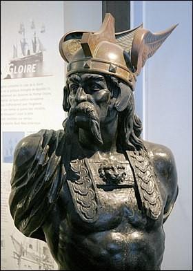 Comment s'appelait le Gaulois, très célèbre, qui a dévasté Rome en 390 av. J.-C. ?