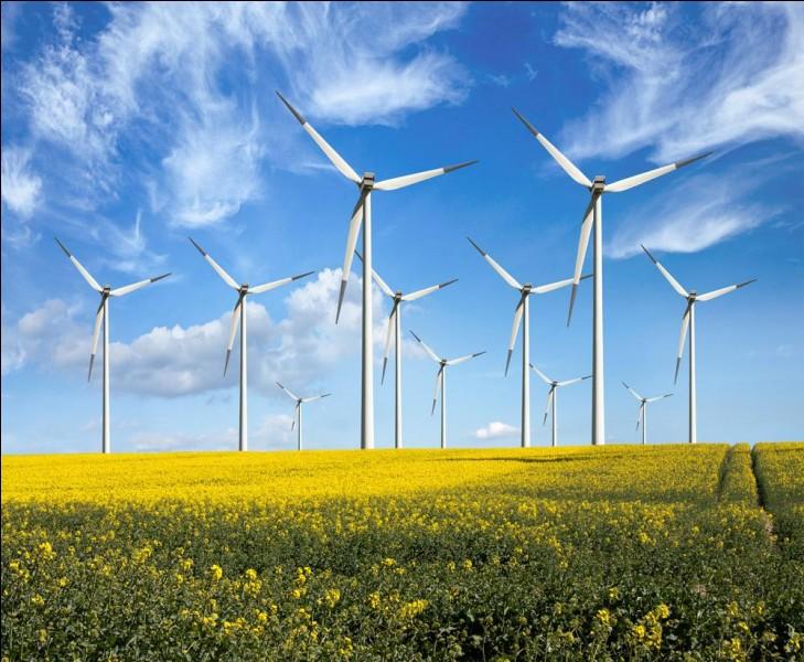 Fin 2012, combien d'éoliennes étaient en marche dans le monde ?