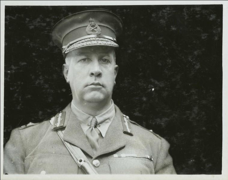 Arthur Currie est né le 5 décembre 1875 à Strathroy, à 40 km de London (...).