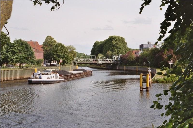 Ce fleuve du nord-ouest de l'Allemagne se jette dans la mer du Nord :