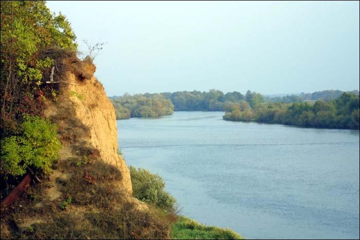 Sous-affluent de la Vistule, ce cours d'eau marque la frontière de la Pologne avec l'Ukraine et la Biélorussie :
