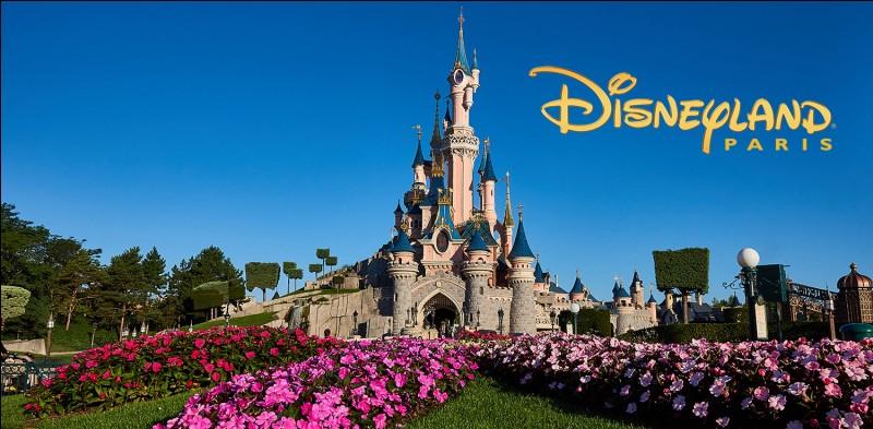 En quelle année est inauguré Disneyland Paris ?