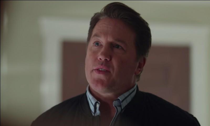 Comment meurt Hal Cooper, le père de Betty ?
