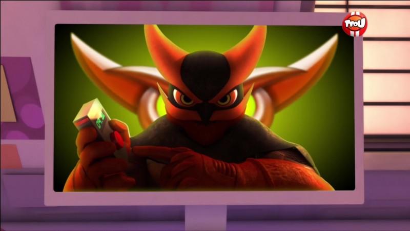 """Le """"Hibou Noir"""" fait une référence à un super-vilain. Lequel ?"""