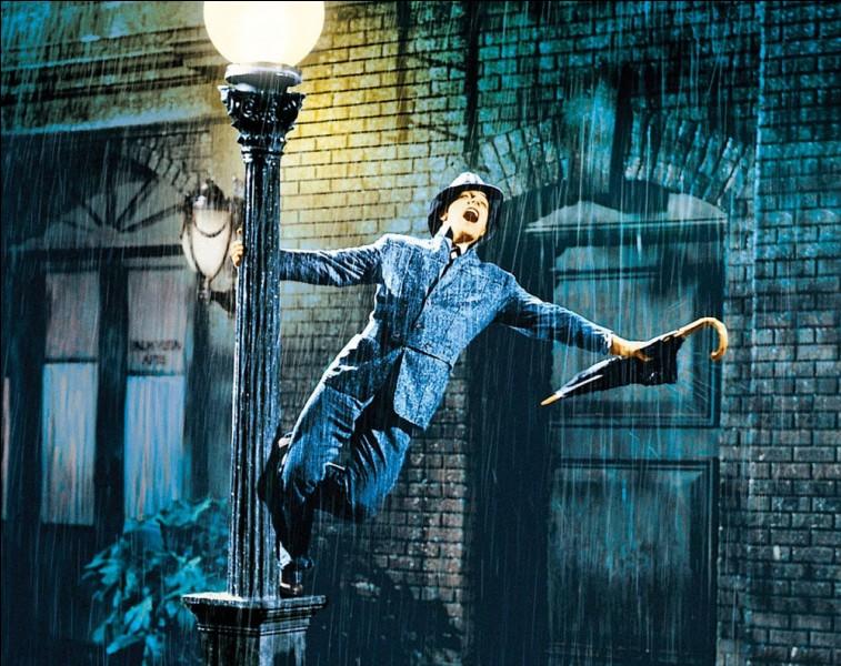 """""""Chantons sous la pluie"""" est un long-métrage interprété par Debbie Reynolds."""
