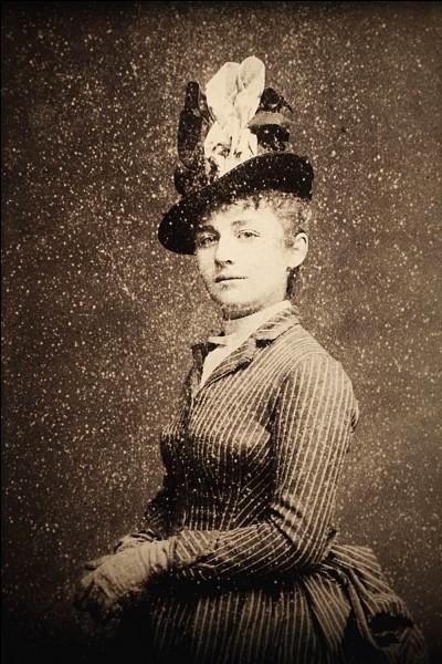 Quel métier exerçait Camille Claudel ?