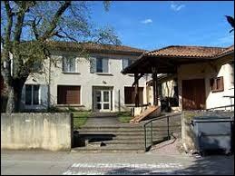 Petit tour en Aquitaine, à Ladaux. Village de l'Entre-deux-Mers, il se situe dans le département ...
