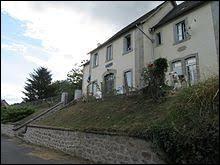Village Corrézien, Saint-Victour se situe en région ...