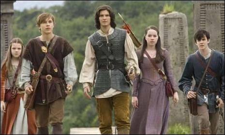 Par où entre-t-on pour aller dans le monde de Narnia ?(film 1)