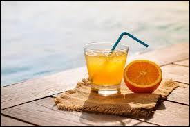 Comment se nomme ce cocktail à base de jus d'orange et de vodka ?