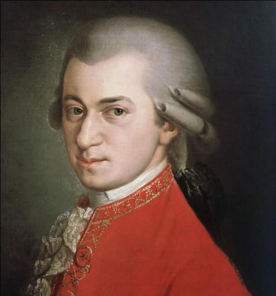 Quel est le mois de naissance du grand compositeur Wolfgang Amadeus Mozart ?