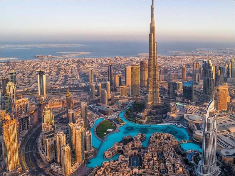 Où se situe Dubaï