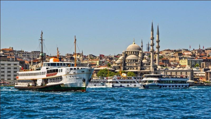 Où se situe Istanbul ?