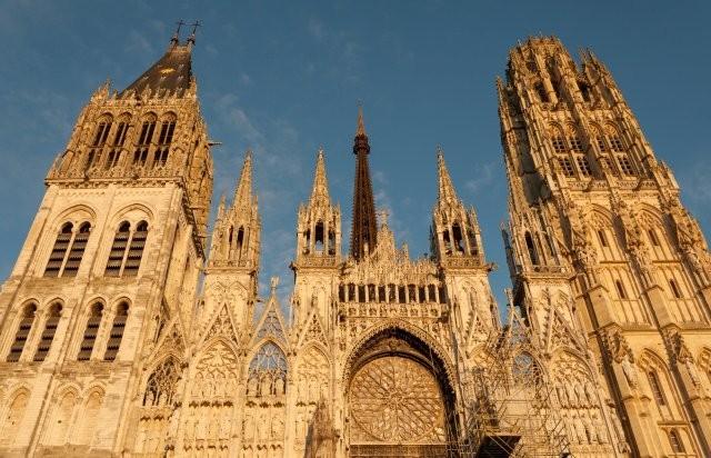 Les noms des cathédrales en France