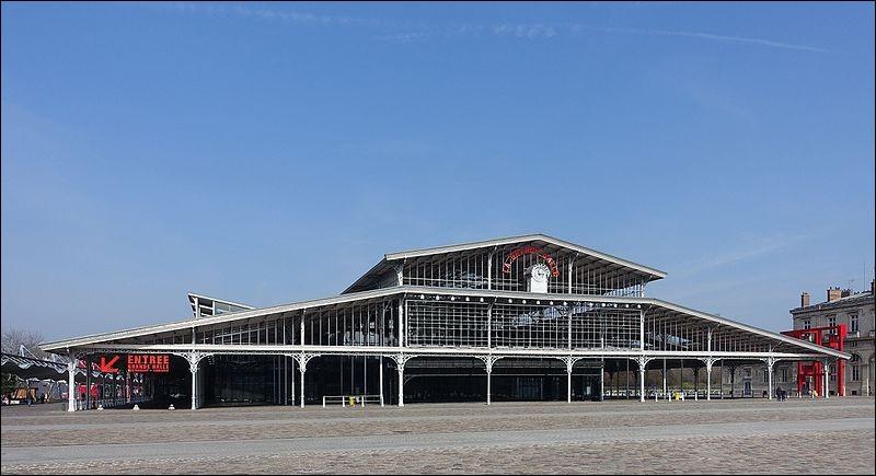 Aujourd'hui lieu de culture, la Villette eut autrefois une activité plus nourrissante : sa gare y recevait plusieurs millions de têtes de bétail chaque année depuis 1859. Mais comment appelait-on cette gare ?