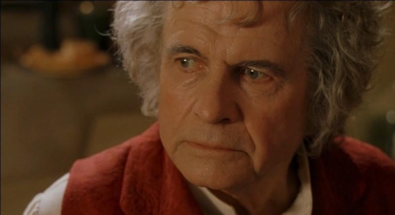 À quel âge Bilbon quitte-t-il la Terre du Milieu ?
