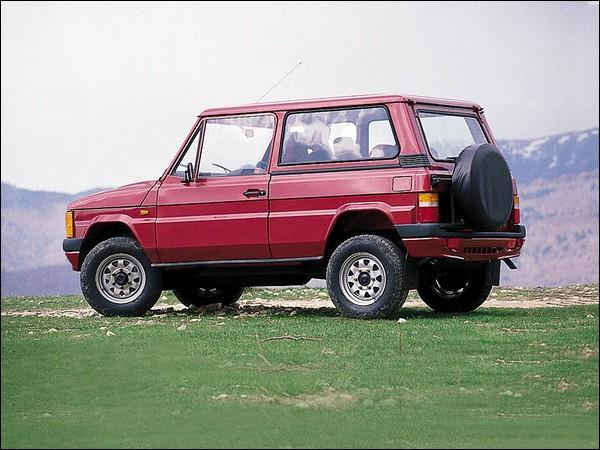 Cette voiture roumaine, produite à partir de 1980, est une ...