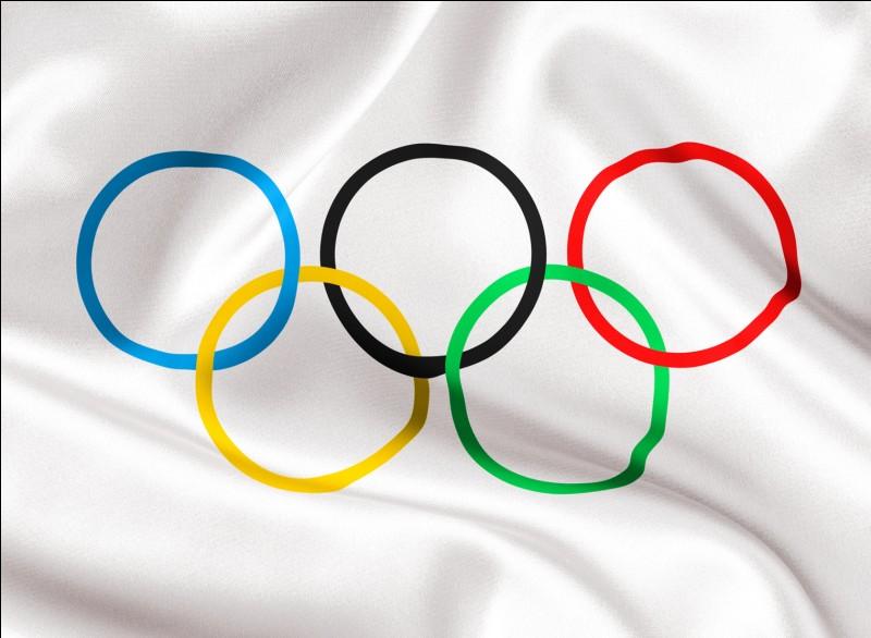 2 000 € - Que représentent les 5 anneaux du drapeau olympique ?