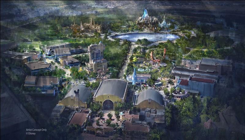 Quels parcs vont bientôt ouvrir à Disneyland Paris ?