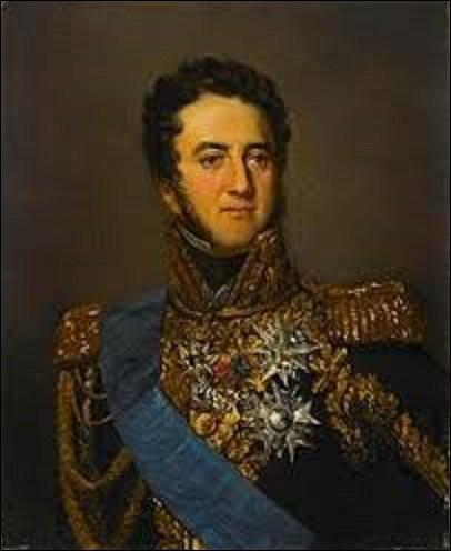 Né le 2 mars 1770 à Lyon, Louis -Gabriel Suchet est un militaire nommé maréchal d'Empire en 1811. En 1808, il est envoyé en Espagne où il remporte une série de victoires contre les Espagnols. Excellent administrateur, il consolide ses positions en créant une administration civile efficace tout en pacifiant la région. Le 24 janvier 1812, quel titre lui donne Napoléon 1er ?