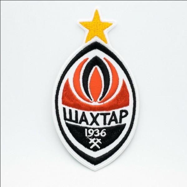 A quel club ukrainien appartient ce logo ?