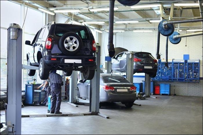 Ce bâtiment dispose de tout le matériel nécessaire au bon entretient des véhicules d'intervention. C'est un(e)...